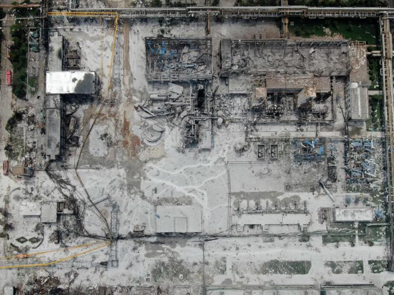 中國河南省三門峽義馬市的義馬氣化廠19日發生大爆作,廠區燒成廢墟。(法新社)