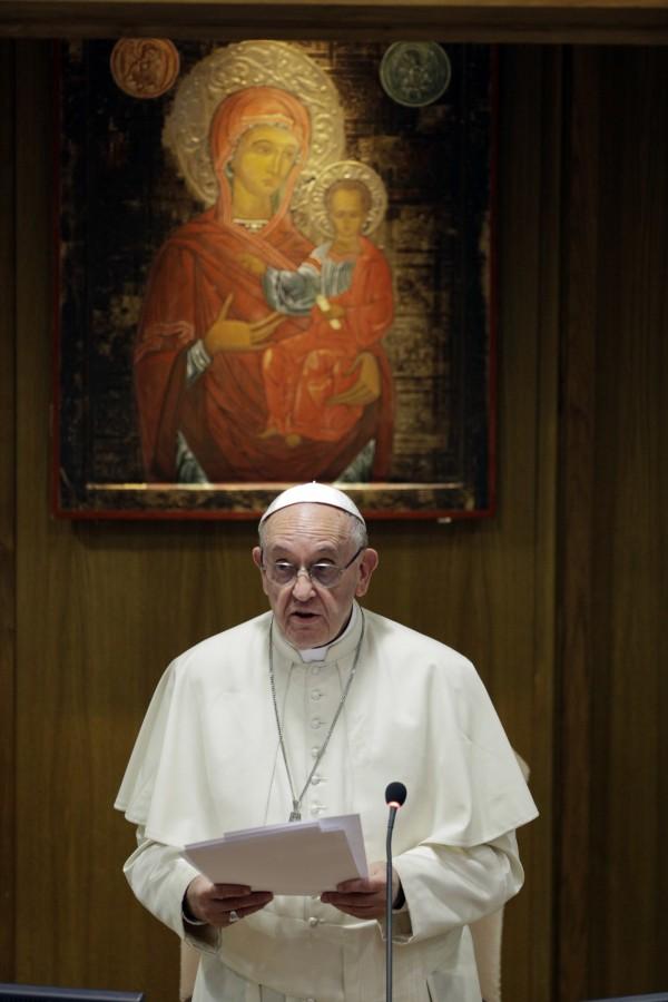 羅馬天主教教宗方濟各( Pope Francis),於昨日譴責歐洲的出生率太低。(美聯社)