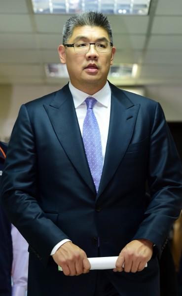 第二場台北市長候選人公辦電視政見發表會26日晚間登場,國民黨黨籍台北市長候選人連勝文出席發表會。(記者羅沛德攝)