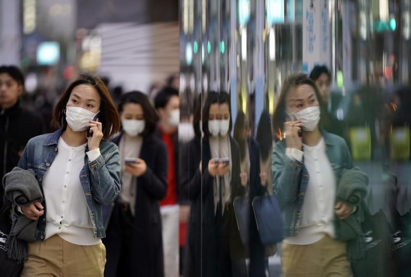 日本千葉縣一座身心障礙設施有58人確診感染武漢肺炎,東京則新添63人確診感染武漢肺炎,創東京單日新高確診紀錄。(歐新社)