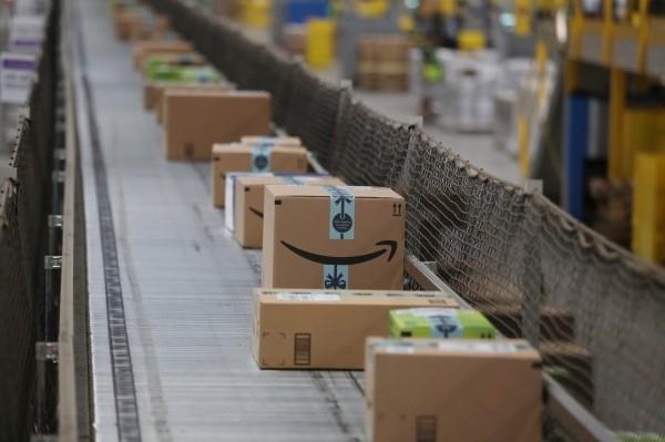 亞馬遜聖誕假期銷量創新高 股價大漲 9.5%