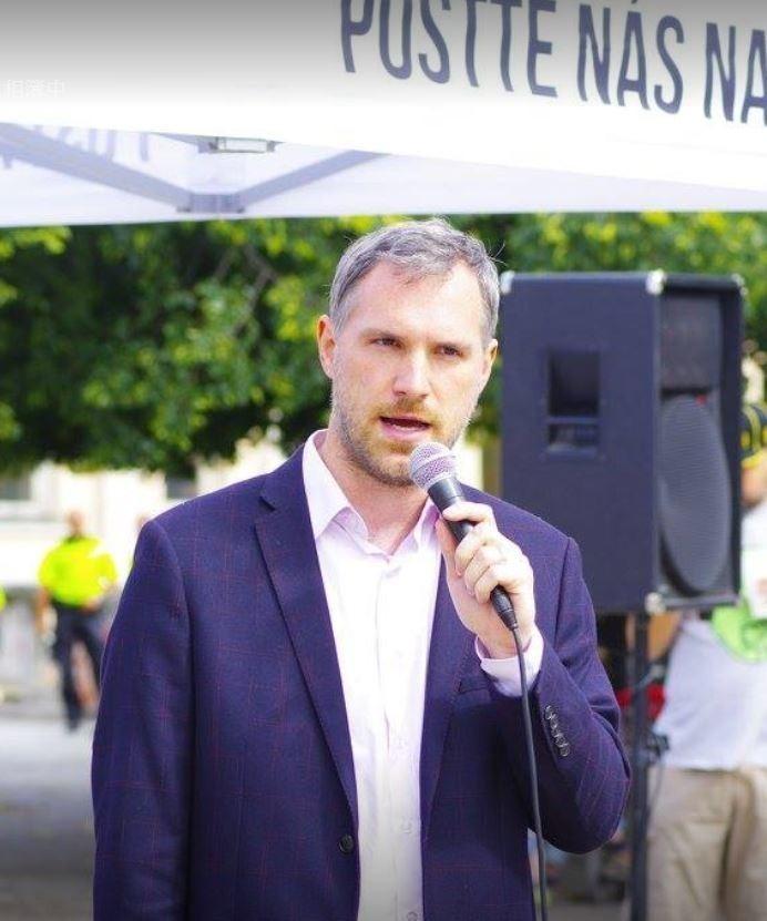 捷克布拉格市長賀吉普本月26日將來台出席「 2019智慧城市展」。(擷取自Zdeněk Hřib臉書)