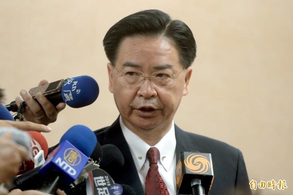 外交部長吳釗燮接受美國有線電視新聞網(CNN)獨家專訪時說,如果沒有美國持續的軍事支持,台灣將容易遭到北京當局武力占領。(記者林正堃攝)