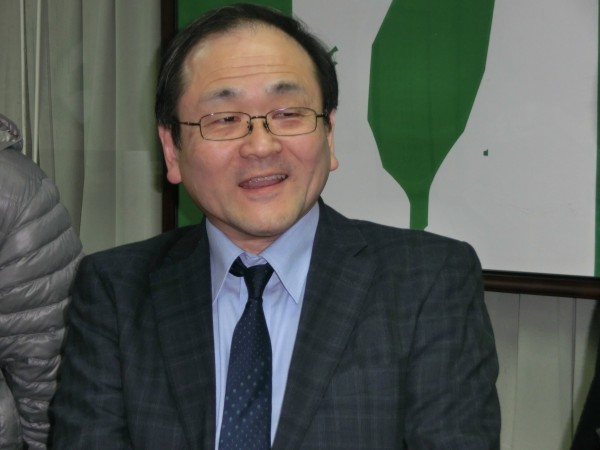 日本中央大學教授松野良一強調,要將台灣228事件的故事,流傳給日本後代子孫。(記者李欣芳攝)