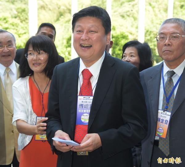傅崐萁接受專訪,質疑台北市長柯文哲宣傳台北世大運,花費7、8億元,才是浪費公帑。(資料照,記者黃耀徵攝)