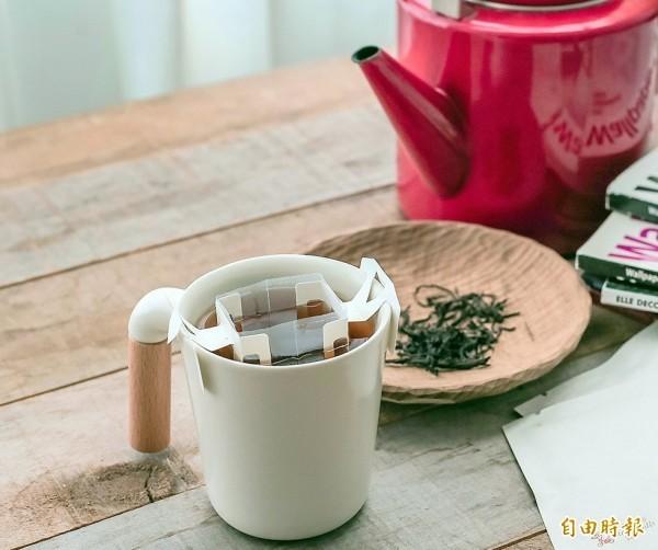 美國研究發現,男性每天喝2杯茶或咖啡,可讓女性懷孕機率增2倍。(資料照)