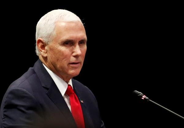 美國副總統彭斯(Mike Pence) 表示,美國會充分維護與台灣的關係,未來也將尊守自己的「一中政策」,堅定支持與台灣有關的協議與條約。(路透資料照)