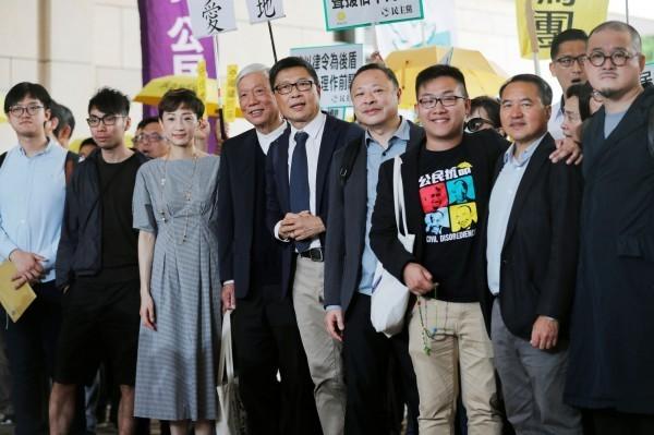 戴耀廷、陳健民、朱耀明等香港佔中九子(見圖)今被法院判決煽惑他人作出公眾妨擾等6項罪名全部成立。(路透)