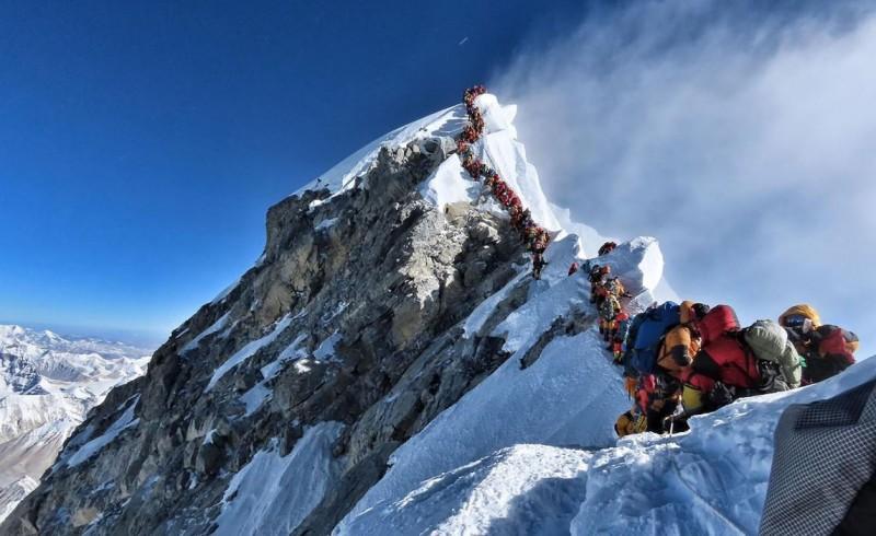 美國55歲的登山客卡許(Don Cash)日前攀爬珠穆朗瑪峰時高山症發作,不幸罹難。(法新社)