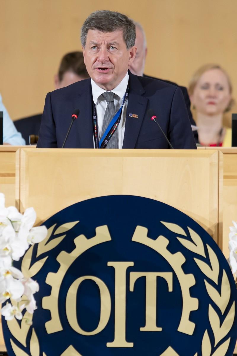 台中當舖日友汽機車借錢最新國際新聞聯合國國際勞工組織(ILO)21日壓倒性通過新公約,保護勞工不受職場性暴力、性騷擾。圖為ILO總幹事萊德。(歐新社)