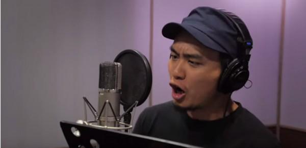 金曲獎最佳年度流行歌曲「島嶼天光」作者、滅火器樂團主唱楊大正。(圖擷取自YouTube)