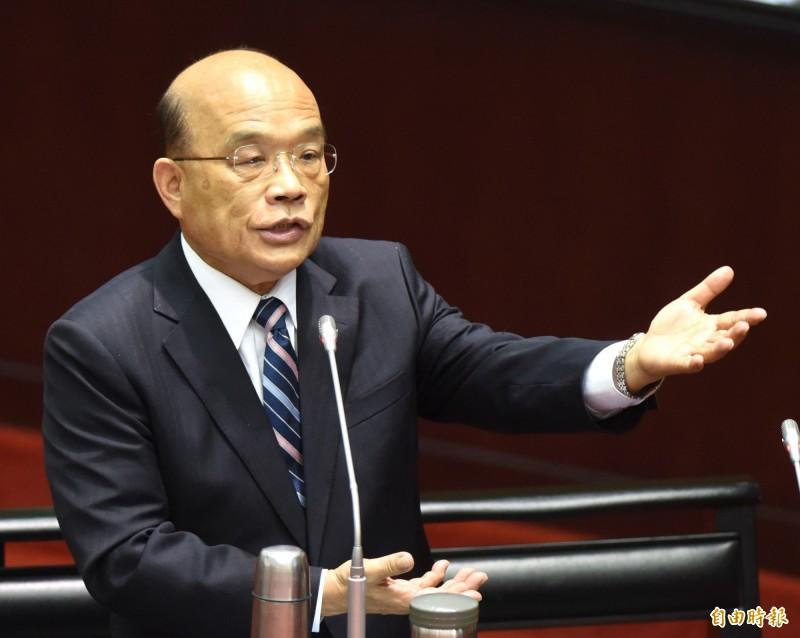行政院長蘇貞昌表示,已辦理臨時工廠登記的7000多家工廠,不因明年到期而失效,會最優先來輔導他們合法。(記者王藝菘攝)