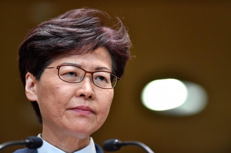 香港特首林鄭月娥(見圖)今天傍晚近6點發表電視談話,提出4項回應反送中運動,其中包括正式撤回條例草案。(法新社)