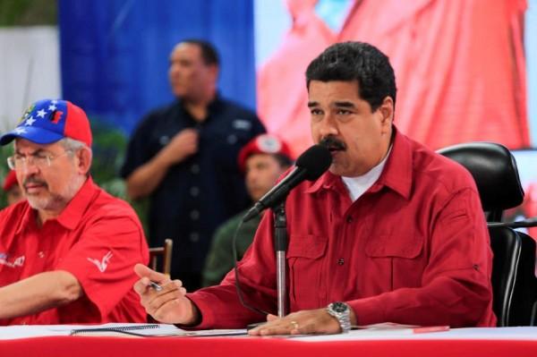 委內瑞拉總統馬杜羅執意通動制憲議會選舉,受到群眾激烈抗議。(路透)