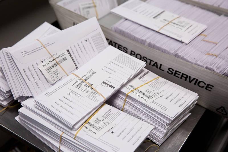 賓州郵寄選票拒絕率過低令人起疑。(彭博社)