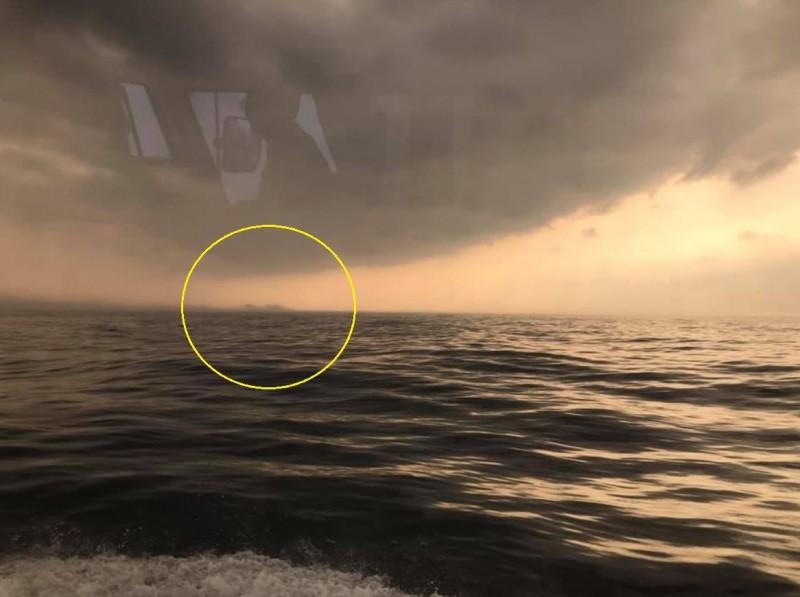 男網友表示,經過船上專業儀器判定該處並非礁石或島嶼。(圖取自澳底海巡隊)
