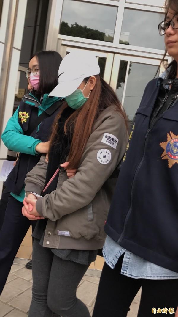 程宇得22歲女友梁思惠被檢方認定是共犯。(記者邱俊福攝)