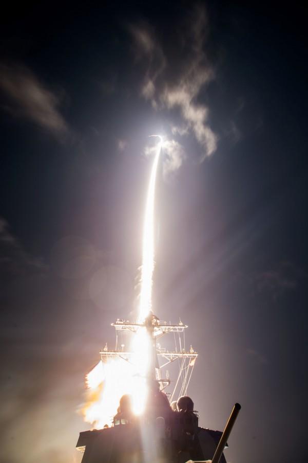 美日共同研發的標準三型2A防空飛彈在夏威夷外海攔截中程飛彈失敗。圖為今年2月的試射。(法新社)