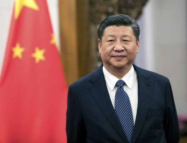 中共中央委員提案廢除中國憲法裡的「國家主席連任不得超過2屆」規定,外界猜測是為習近平打造終身制。(歐新社)
