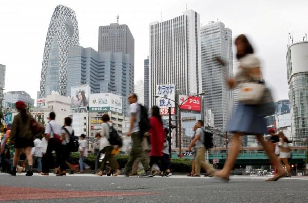 愈來愈少日本人願意在深夜工作。(路透)
