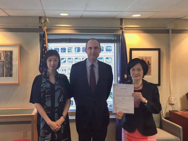 香港新民黨拜會美國駐港領事館。(圖擷取自新民黨臉書官網)