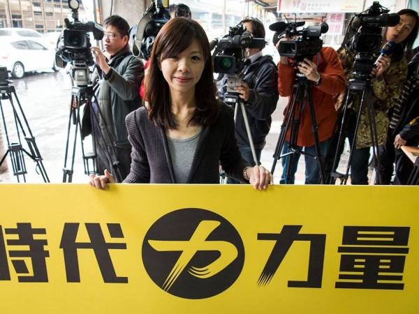 最新民調顯示,6成的泛綠民眾同意民進黨不提名台中第三選區的立委候選人,共同支持洪慈庸。(圖取自「洪慈庸」臉書粉絲專頁)