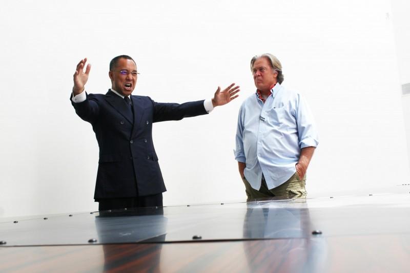 郭文貴(左)12日爆料,川普政府內曾有人堅決要求應讓總統蔡英文前往美國國會發表演說。(圖擷自郭媒體網站)