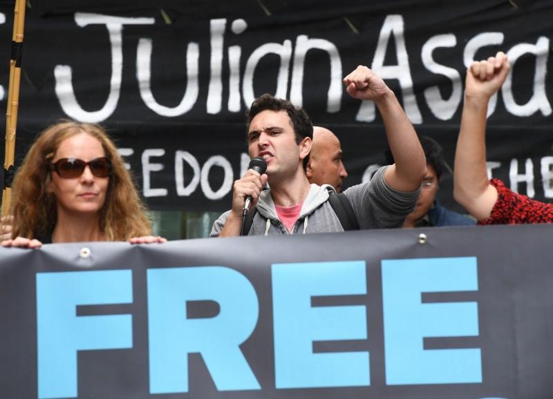 有民眾今(12)日在雪梨街頭抗議,要求釋放阿山吉。(歐新社)