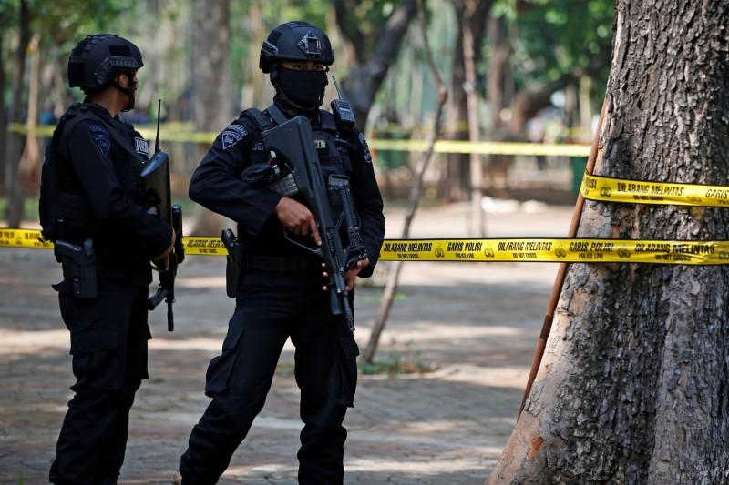 印尼今年3月提早假釋服刑達標的罪犯約有3.7萬人,提前釋放的罪犯中有135人重新犯罪被逮捕。圖為印尼警察示意圖。(路透)