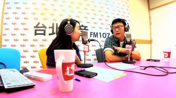 姚文智在廣播節目加碼表示,「我只要選輸就退出政壇。」(圖擷取自Hit Fm聯播網-周玉蔻《蔻蔻早餐》臉書直播)