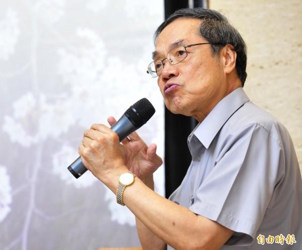 陳芳明表示,新舊課綱並行,等於是「國民黨全贏」。(資料照,記者潘少棠攝)