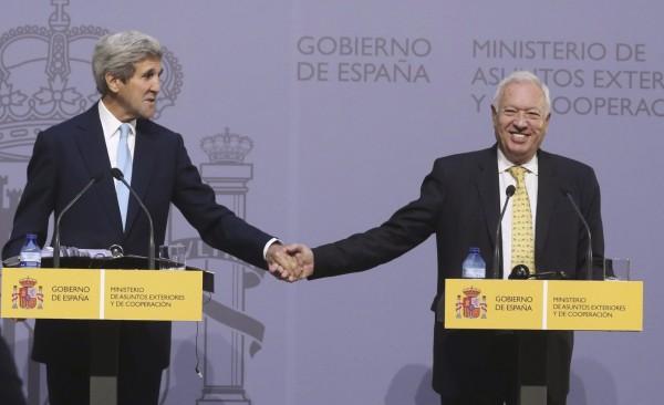 美國承諾會徹底清理西班牙受核污染的土地,將那些泥土運回美國處理。(美聯社)