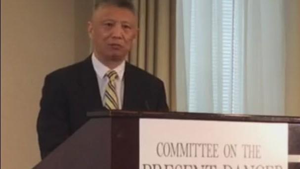 美國哈德遜研究所客座研究員韓連潮在「應對中國當前危險委員會」啟動儀式上演講。(截自Facebook)