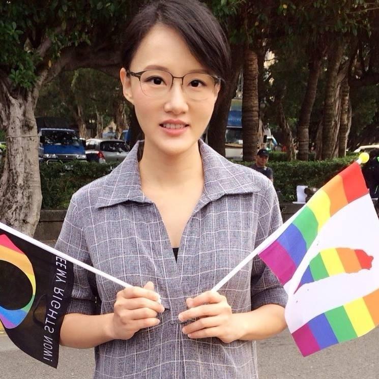 Doris認為,如果台灣能夠挺住,繼續保有政治獨立性和自由民主的現狀,那將是給中共最好的當頭棒喝。(圖取自Doris Yeh臉書)