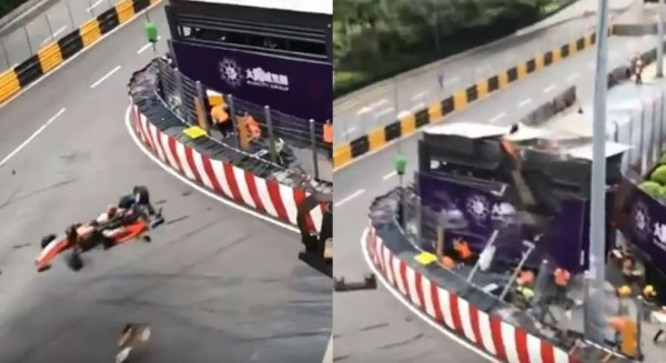 佛羅絲駕駛賽車衝出跑道,撞上記者攝影看台。(圖擷取自推特)
