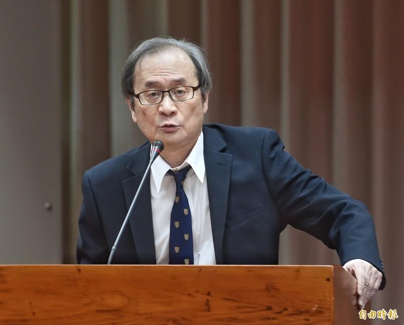 立法院教育及文化委員會22日開會,原能會主委謝曉星列席備詢。(記者方賓照攝)