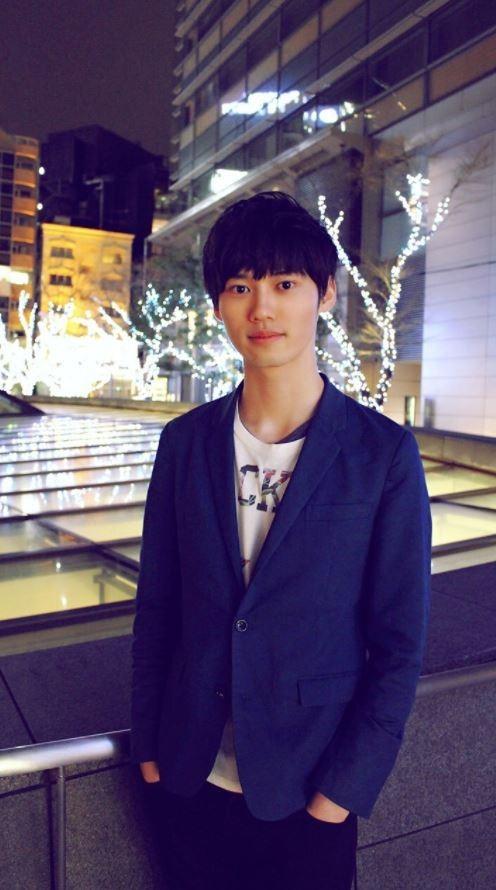 今年22歲的何野玄斗不僅是日本東大的高材生,還擁有「最強大腦」的稱號。(圖截取自何野玄斗推特)