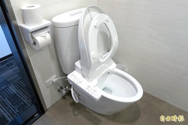 中國學者指出,中國有超過5億人沒用過沖水馬桶。(資料照)