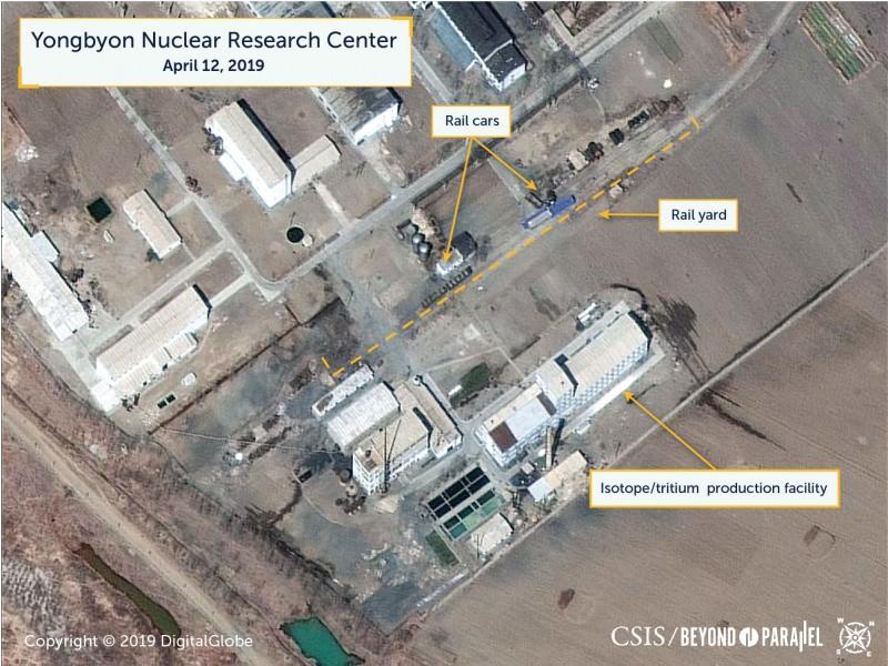 美國智庫戰略暨國際研究中心16日表示,根據衛星在上週五拍下的畫面顯示,北韓位於寧邊的核燃料設施內,疑似有放射性物質被移動。(圖擷自CSIS網站)