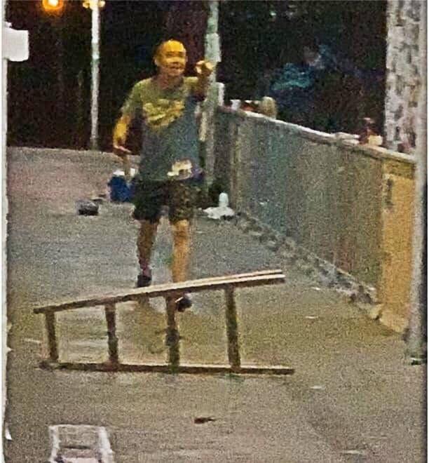 香港警方今日下午表示,在香港與深圳邊境的羅湖逮捕涉嫌犯下該起砍人案的50歲男子。(圖擷取自TG_將軍澳發夢討論區)