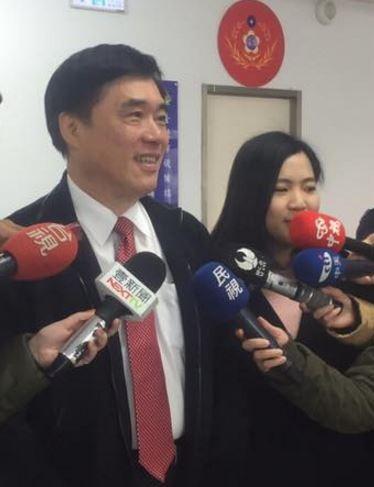 徐巧芯宣布兼任國民黨黨主席擬參選人郝龍斌發言人。(圖擷取自郝龍斌臉書頁)