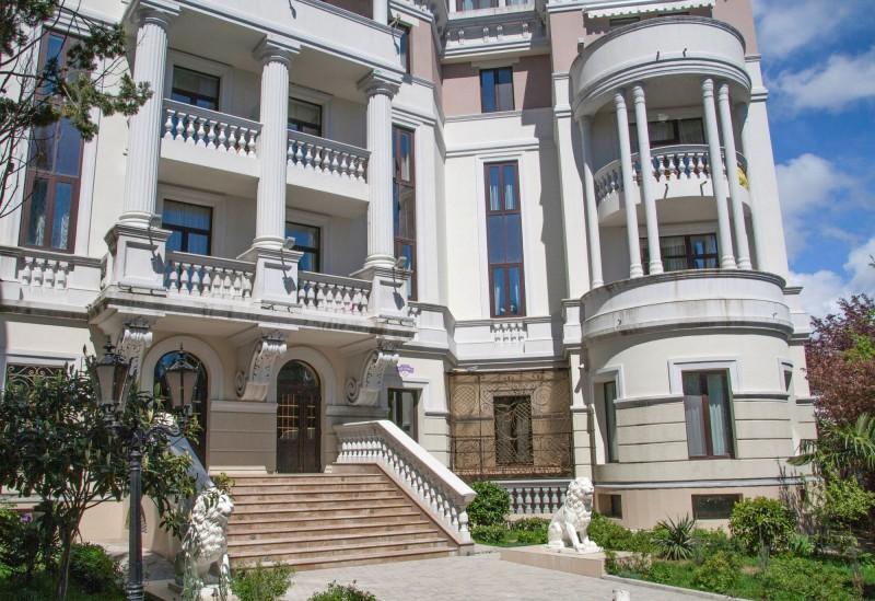 歐琳娜低價購買的「帝王之家」豪宅一景,她買下的是頂樓3房公寓。(路透)