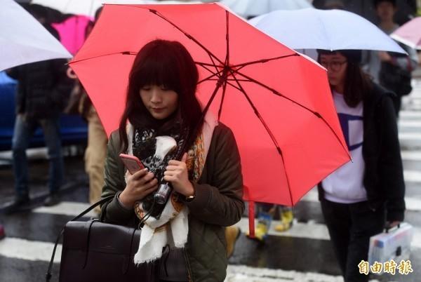 東北季風逐漸抵達,北台灣今天轉濕涼。(資料照)
