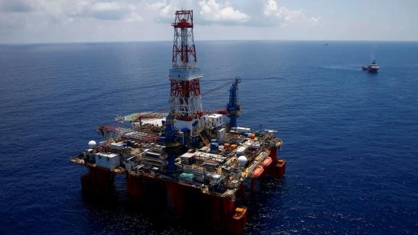 中國提案,禁止南海周邊國家以外的國家,在該海域進行石油開採。(路透)