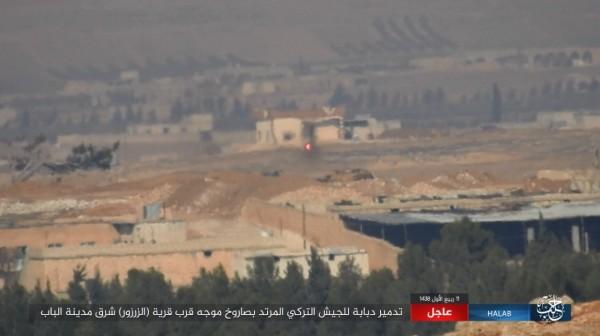 拖式飛彈(紅點)即將命中豹2坦克。(圖擷自敘利亞HALAB電視台Twitter)