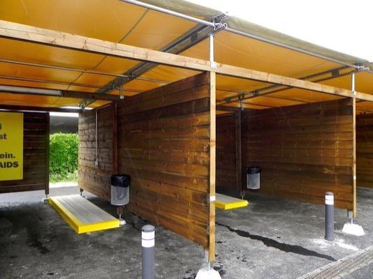 瑞士蘇黎世政府開設「車震公園」,保證性工作者安全並降低犯罪率。(美聯社)
