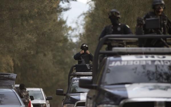 墨西哥爆發警匪槍戰。(美聯社)