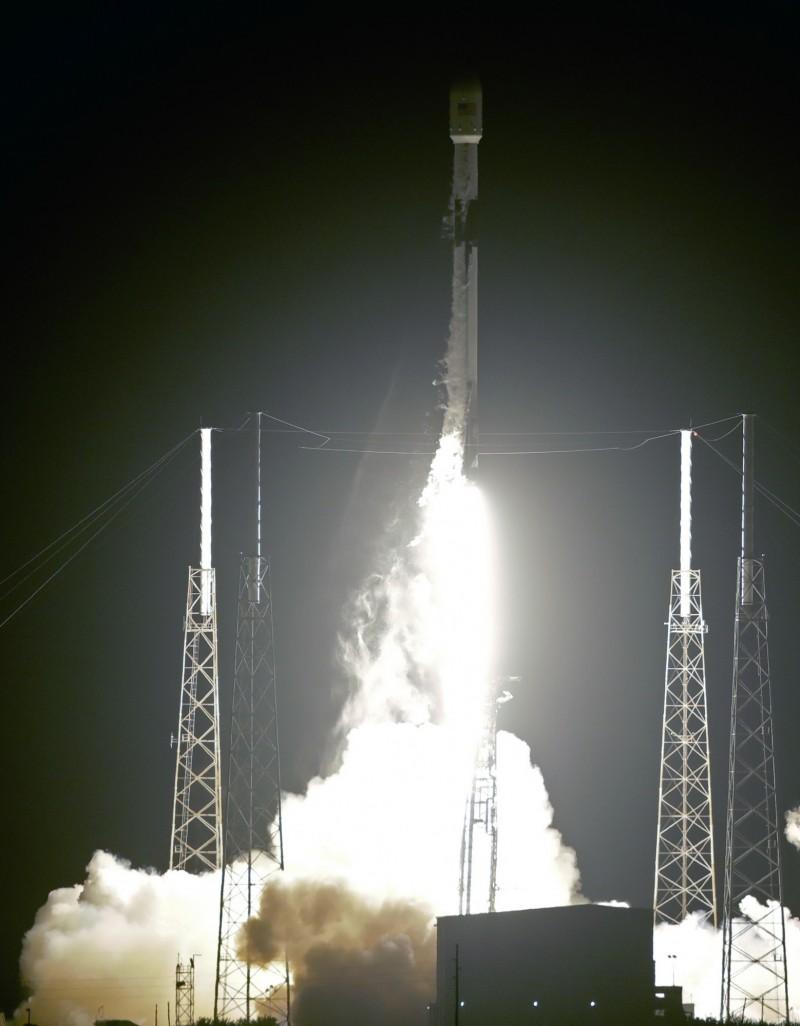 官方原預計本(5)月16日發射,後延宕至今(24)日上午10點30分於美國佛羅里達州卡納維爾角空軍基地發射。(美聯社)
