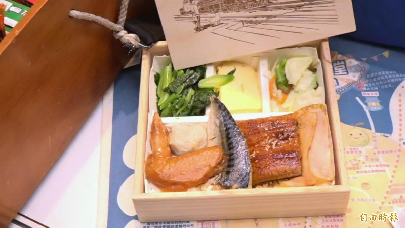 台灣便當主打高cp值,多樣菜色讓民眾可以吃飽飽。(記者胡姿霞攝)