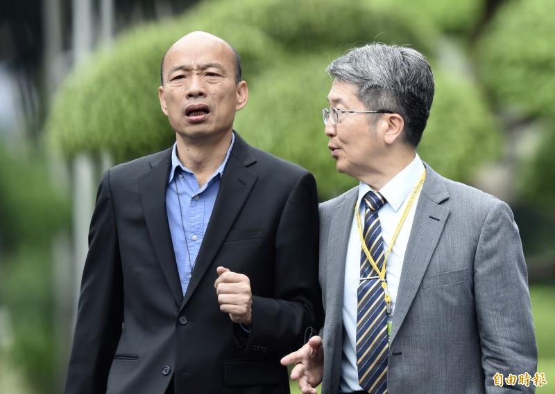 韓國瑜(圖)首次參加行政院會就被蘇揆要求,以後不要講「中華民國地區」。(記者簡榮豐攝)